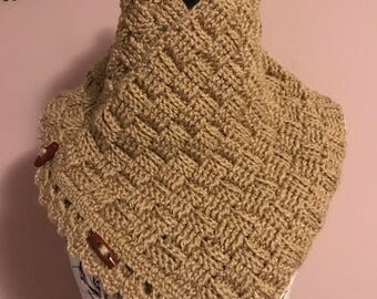 Crochet Cowl with wooden toggles, basketweave, wheat cowl