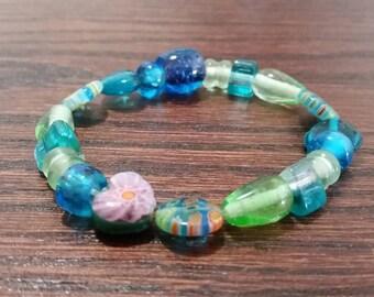Handmade blue & green multi color glass beaded stretch bracelet