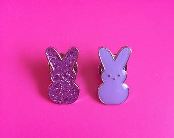 SALE-Bunny rabbit lapel pins (set of 2)