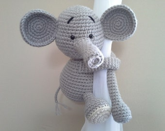 Elephant curtain tie back, window curtain tie back, nursery crochet tie back, elephant tie back, kids decor, baby boy, baby girl