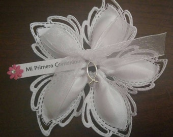 1 pc First Communion Flower Favor with Charm & Tag (Kit)