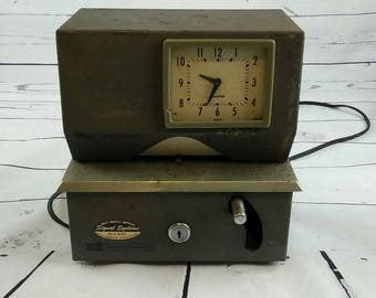 Vintage Time Punch Clock Cincinnati Time Recorder Co. for Home Decor Industrial Clock Rustic Decor