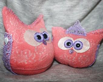 Orange Buiskit Love Owlies - a couple of  Lucky Owlie toys.