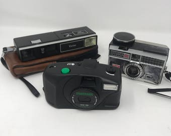 Lot of (3) Mixed Vintage Models Kodak, Vivitar Panorama Cameras