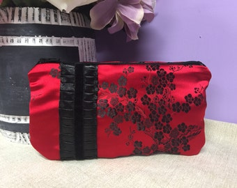Waterproof Essential Oil Bag- Holds 7 bottles- Zipper Pouch-Red Brocade Asian Print