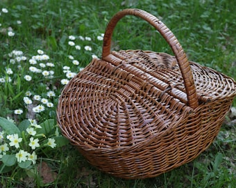 Wicker basket, handmade, woven picnic basket, basket with handle, camping basket, decoration, gift.