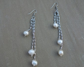 Pearls on chain