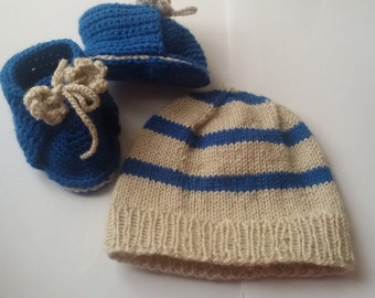 Baby shoes and hat set
