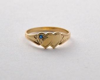 Custom Signet Ring YELLOW GOLD Heart Ring with Gemstone.  Girls Birthday Keepsake. Teen Gift for Her. Solid Gold ring. Australia.