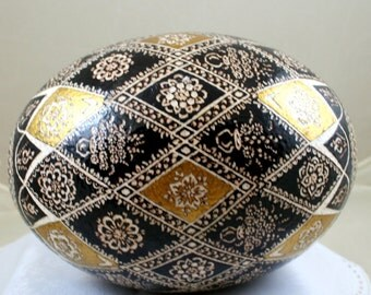 Easter gift, ostrich egg, pysanka, golden easter eggs, pysanky, unique gift, easter ostrich egg , gold egg, OOAK