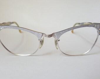 Silver and Starburst Rhinestone Vintage Cat-eye Frames