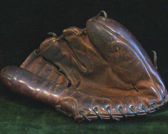 Vintage 1940s Wilson Model A2115 Four Finger Ted Williams Ball Hawk Baseball Glove