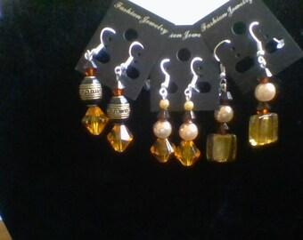 The earrring set.