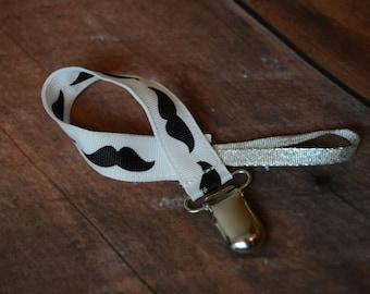 Mustache Pacifer Clip - Free shipping