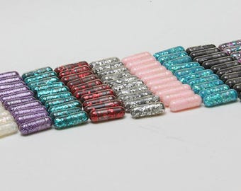 50 Pieces Assorted Color Glitter Pills