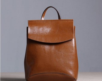 Vintage woman leather backpack