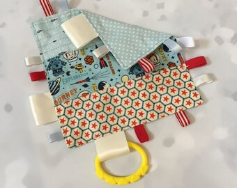 Tag Blanket, taggie, baby shower gift