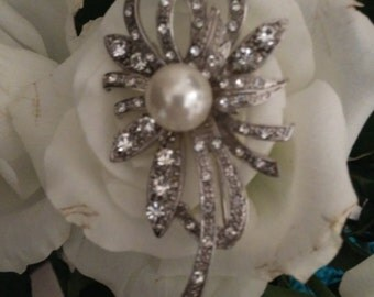 Sparkling Silver Tone & Faux Pearl Flower Brooch