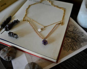 Amethyst and Freshwater Pearl Necklace// Crystal Necklace// Quartz Necklace// Gemstone Necklace// Witchcraft Jewelry// Wicca// Magick