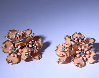 Vintage Pink and Diamonte Art Deco Clip On Earrings
