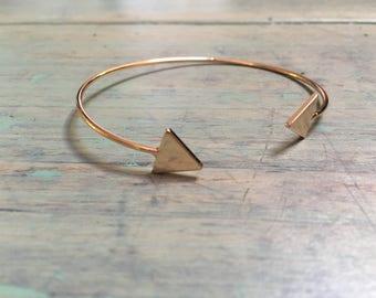 Bracelet half triangle ring
