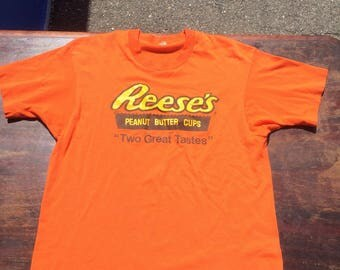 Vintage 80's Reeses Peanut butter Cups T-shirt.