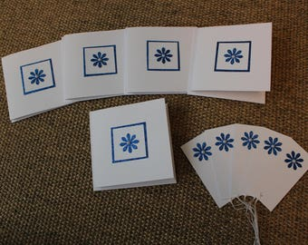 5 blank Blue flower card and gift tag