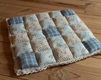 Cushion quilt for baby sitting