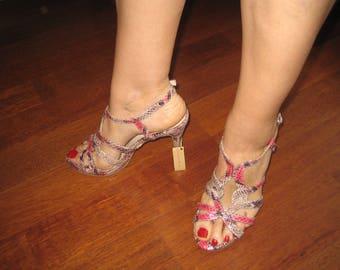 Sandals in pink tone,  handmade, leather, Spanish design Alma en Pena. Pink tone, Spanish desing Alma en Pena