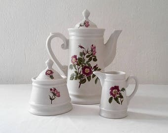 Coffee or tea 3 French ceramic in perfect condition