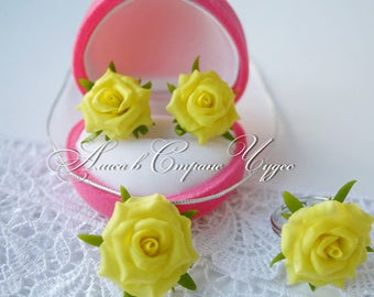 Ring,earrings, pendant with yellow roses Flowers from cold porcelain Rose the Yellow rose