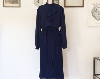 Vintage style Paris 40 years but really 70 years, dark blue, size 44 ita