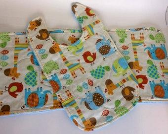Set of 1 bib and 1 burp cloth