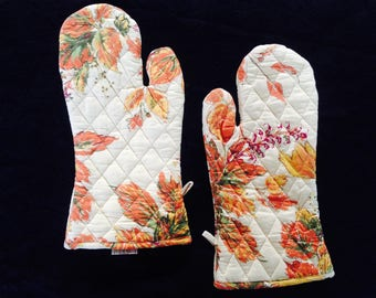 Beautiful oven mitts/ oven gloves specially made for fall