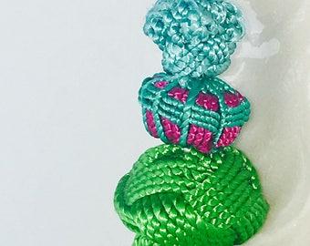 Silk and beads tassel earrings.