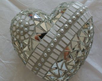 Heart mosaic - mirror and pearls