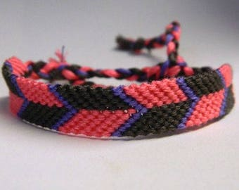 Alternating Chevron friendship/wish bracelet
