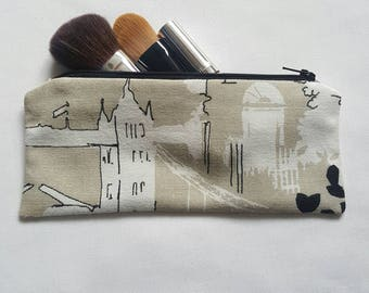 City Scene Cream Cosmetic Bag, Wash Bag, Toiletries Bag, Makeup Bag, Travel Bag - Ready for Dispatch