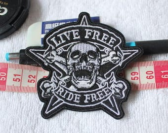 Iron On Patch - LIVE FREE - Skull Patches
