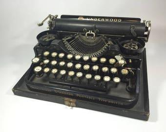 1922 Underwood Typewriter