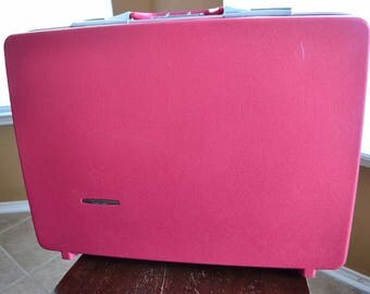 "Vintage Travel Master Flamingo Pink Hard Case Luggage Suitcase Sears 17.5"" x 24"