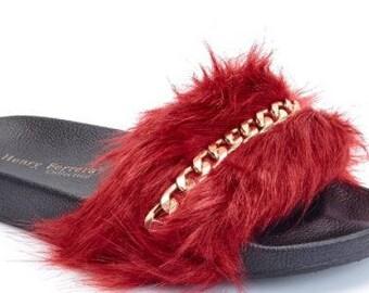 Burgundy Womens Chain Fuzzy Slide Flip Flops
