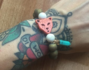 Coral Fiesta Cat with Gold Druzy and Howlite