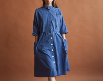 60s chambray cotton shirt dress / midi day dress / simple shirt dress / s / m / 2211d /
