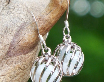 Recycled Vintge Pond's Cold Cream Jar Cage Earrings/White Earrings/Vintage Old Bottle/Repurposed/Vintage Upcycled/Gift for Her/Bridal Gift