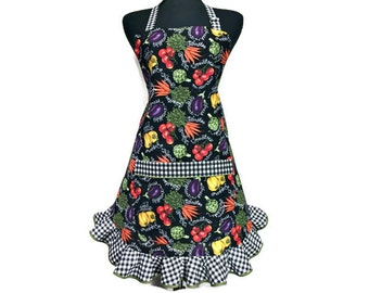 Retro Style Vegetable Print apron for women , Vegetarian / Vegan chef / Cooking , Frilly Ruffle , adjustable with pockets