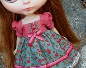In My Autumn Garden - A Rose is a Rose - A Dress for Blythe