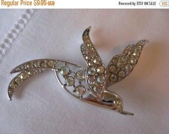 BIG SALE - Vintage Sara Coventry Rhinestone Bird Brooch Pin - Hummingbird Jewelry - 1960s 1970s