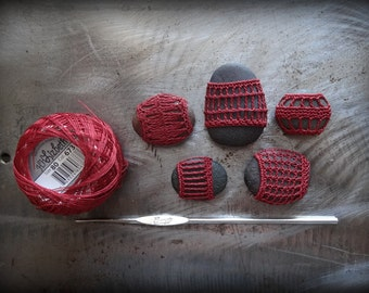 Miniatures, Crochet Lace Pebbles, Table Decorations, Collectibles, Small, Collection of 5, Handmade, Red, Original, Monicaj