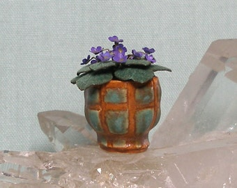 Arts and Crafts Dollhouse Miniature Planter Vase with African Violet in 1:12 Scale for your Dolls House